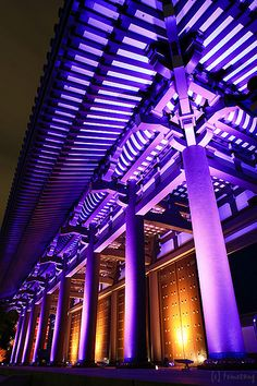Hakata Light Up Walk - Toucho-ji temple, Fukuoka-city, Japan Fukuoka Japan, Asian Architecture, Japanese Temple, Japanese Culture, Shades Of Purple, Violet, City Lights, Japan Travel, Art Nouveau