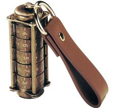 Keep your data secure in this mechanical combination lock 16 gb Cryptex Usb Flash Drive. Cryptex was used by people hundreds of years ago to keep their sec