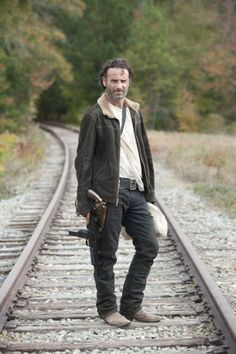 New Promo Images For The Walking Dead