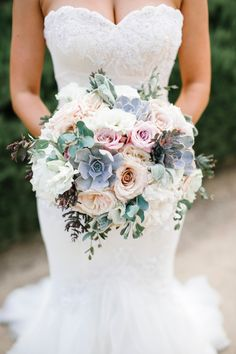 Every bride at the wedding will hold a bouquet of flowers, and this bouquet of flowers is the bouquet. The bouquet carries the happiness and sweetness of the bride and groom, so the choice of Read more… Spring Wedding Bouquets, Bride Bouquets, Flower Bouquet Wedding, Wedding Dresses, Winter Bouquet, Bouquet Flowers, Wedding Bouquets With Succulents, Greenery Bouquets, Bridal Bouquet Blue