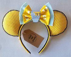 Winnie the Pooh Mickey Ears Disney Minnie Mouse Ears, Diy Disney Ears, Disney Diy, Disney Crafts, Cute Disney, Disney Style, Mickey Ears Diy, Mickey Craft, Micky Ears