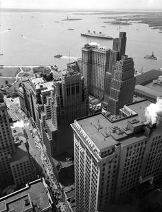 vintage everyday: New York City: A Deep Look into Architecture and Urban Design in the 1930s Through Berenice Abbott's Lens