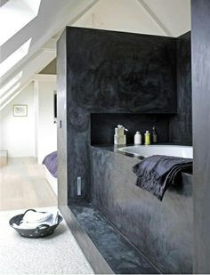 Bath in bedroom. Made by Ricabo BV, the Netherlands
