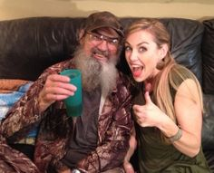 Query: Si Robertson from duck dynasty constantly drinks ice tea. I was questioning if anyone knew the recipe or the tipe of tea that he drinks. Robertson Family, Phil Robertson, Ryan Bailey, Justin Martin, Duck Calls, Sis Loves, Duck Commander, Quack Quack, Before Marriage
