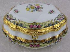 Imperia Limoges France Porcelain 22 K Gold Gilt Rose Flowers Large Trinket Box....<3 <3