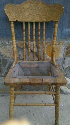 Grow succulents on an old chair fun with succulents pinterest gardens chair planter and - Bepflanzter stuhl ...