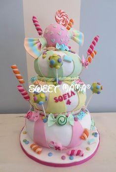 Banana and pecan cake - HQ Recipes Baby Birthday Cakes, 18th Birthday Cake, Sweet Cakes, Cute Cakes, Lollipop Cake, Cookie Recipes For Kids, Fake Cake, Pecan Cake, Easy Cake Decorating