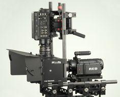 """3 boyutlu çekim için kameraların bağlandığı düzenek """"P+S 3D Stereo Rig"""" Nisan 2010'da Türkiye'ye ilk kez Lokomotif Kamera tarafından getirildi. Biray Dalkıran'ın yönettiği """"Cehennem"""" Türkiye'nin 3 boyutlu çekilen ilk filmi oldu.   www.lokomotifkamera.com Telescope"""