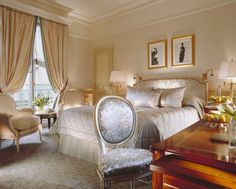 Lifestyle - The Most Exclusive Hotels in Paris |