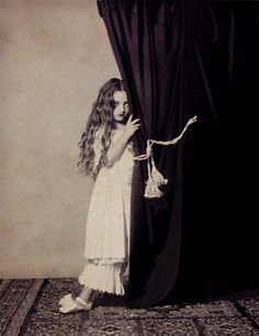 "Vladimir Clavijo-Telepnev. Photoworks ""Alice in Wonderland"" 