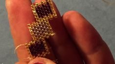 This Pin was discovered by jod Beaded Bracelets Tutorial, Beaded Bracelet Patterns, Beaded Earrings, Beading Patterns, Beaded Jewelry, Seed Bead Tutorials, Jewelry Making Tutorials, Beading Tutorials, Bracelet Wrap