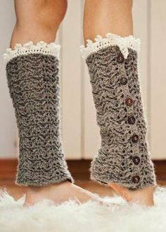 Crochet for inside boots with trim showing - This is cute! None of my boots would have it fit... Socks, maybe?