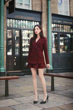 daily 2019 feminine& classy look Modern Fashion Outfits, Kpop Fashion Outfits, Blackpink Fashion, Edgy Outfits, Colorful Fashion, Classy Outfits, Asian Fashion, Vintage Outfits, Fashion Dresses