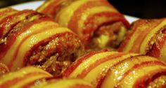How to Make Meatloaf Wrapped in Bacon