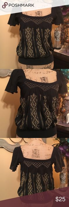 "SALE🎉😍Free People cropped tunic Linen style black cotton cropped tunic with gold boho embroidered boho patterns. Ribbed style black cotton neckline, shoulder trim & wide band bottom trim. Cropped flowing sleeves. Sz 4 & 6. Both in great condition. Sz 6: 36""-38"" bust & 23"" length ‼️ Only Sz 6 left. Free People Tops Tunics"
