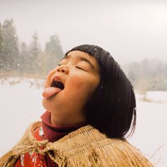 Little Girl Enjoying the Little Things. Mirai-chan by kotori kawashima 「未来ちゃん」 Children Photography, Portrait Photography, Cute Kids, Cute Babies, Japanese Kids, Portraits, People Of The World, Beautiful Children, Little People