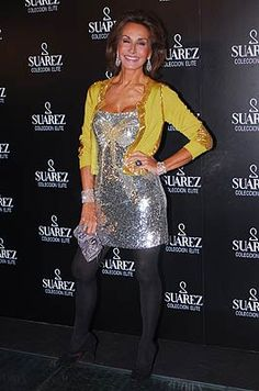 Nati Abascal en una fiesta de la Joyería Suarez en Madrid. Laura Ponte, Vogue, Older Models, Ageless Beauty, All Fashion, Fashion Pictures, Most Beautiful Women, Casual Chic, Casual Outfits