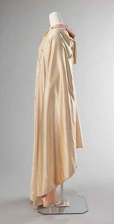 Evening cape Designer: Liberty & Co. (British, founded London, 1875) Date: 1900–1909 Culture: British Medium: silk Dimensions: Length at CB: 56 in. (142.2 cm)