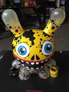 "Oil Slick ""Gold"" Shwak Ed 500 8""Dunny Kidrobot Designer Urban Vinyl Toy Graffiti | eBay"