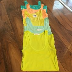 Tanktop lot  Mossimo, VS PINK, Forever 21 Tops Tank Tops