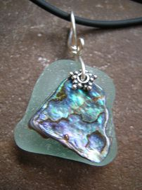 Jewelry Making Shells How to drill sea glass/shells. Would be a nice mixed medium with the metal or resin. Wire Wrapped Jewelry, Wire Jewelry, Jewelry Crafts, Handmade Jewelry, Feet Jewelry, Opal Jewelry, Stone Jewelry, Gold Jewellery, Silver Jewelry
