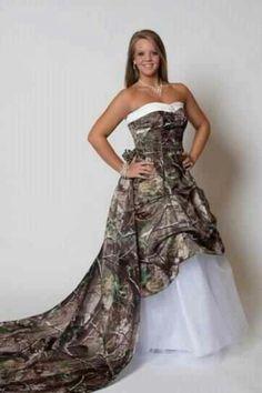 Camo wedding gown. Love it.