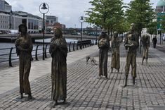 Famine memorial Dublin Tours, Sidewalk, Street View, Walkways, Pavement, Curb Appeal