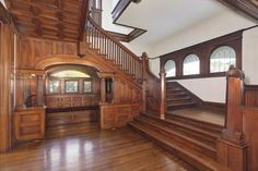637 S Lucerne, Los Angeles (City) Victorian Interiors, Victorian Decor, Victorian Homes, Victorian Parlor, House Staircase, Staircase Design, Flooring For Stairs, Home Still, Modern Mansion