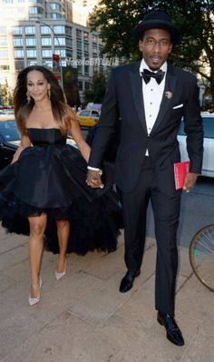that dress is EVERYTHING! Alexis and Amar'e Stoudemire step out for the Opera. Amar'e Stoudemire, Opera Dress, Summer Suits, Stepping Out, All Black Everything, Black History, Husband, Smooth, Formal
