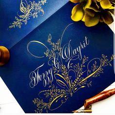 438 отметок «Нравится», 26 комментариев — F Phyllis Macaluso (@fpmmac) в Instagram: «#custom #envelopeart #calligraphy #pointedpen #flourishing #flourish #flourishing #gold…»