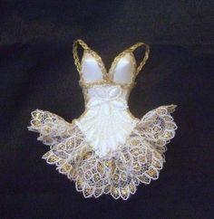 Ballerinas, Doll Accessories, Fashion Accessories, Hat Shop, Monster High Dolls, Doll Clothes Patterns, Diy Doll, Miniature Dolls, Vintage Dolls
