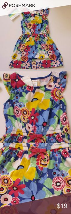 NWT - Gymboree Girls Size 4 Ruffle Sleeve Dress Beautiful, colorful, ruffle sleeves dress by Gymboree. Girls size 4, 100% cotton, machine washable, cold. Tumble dry low, as needed. Nice and light weight fir Summer. Includes the set of Pony Tail Holders, also from Gymboree. Gymboree Dresses