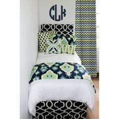 """""""Neon lime green combines with navy and white to create a bedding set fit for any girl. Feathers, mini quatrefoil, chevron, and more! (That rhymed, just sayin'). Back at it again, this lime and navy bedding is sure to be a 2015 best seller."""" http://www.decor-2-ur-door.com/designer-dorm-bed-in-a-bag-sets/green-custom-bedding-sets-teen-girl-dorm-room-apartment-home-bed-in-a-bag/canal-neon-lime-navy-teen-girl-dorm-room-bedding-set?&utm_content=buffer486de&utm_medium=social&utm_source=pinterest.com…"""