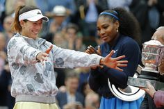 Garbine Muguruza powers past Serena Williams in French Open final #iNewsPhoto