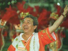 """Paulo Machline brinca que o documentário """"A Raça Síntese de Joãosinho Trinta"""" foi acidental. Isso porque o seu objetivo sempre foi dirigir a ficção """"Trinta"""", lançada na última quinta-feira, 13. Em salas por todo o Brasil, o longa conta a história de """"um gênio improvável"""", segundo ele."""