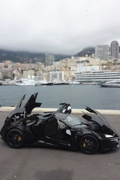 """themanliness: """"Lykan Hypersport 
