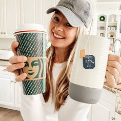 If you enjoy the Starbucks Medicine Ball drink, but want to make your own version at home, check out this copycat recipe! Bonus: it's caffeine free. Easy Drink Recipes, Copycat Recipes, Yummy Drinks, Coffee Recipes, Yummy Food, Healthy Recipes, Cycling Workout, Bike Workouts, Swimming Workouts