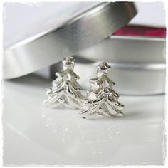 Tiny Fine Silver Christmas Tree Studs on Sterling Silver Posts Christmas Picks, Silver Christmas Tree, Christmas Items, Tin Gifts, Holiday Jewelry, Handmade Jewelry, Unique Jewelry, Metal Clay, Little Gifts