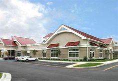 Residence Inn Norfolk Airport is perfectly located for both business and leisure guests in Norfolk (VA). The property features a wide range of facilities to make your stay a pleasant experience. To be found at the hotel are free Wi-Fi in all rooms, f Pet Friendly Hotels, Airport Hotel, At The Hotel, Hotel Deals, Norfolk, Bed And Breakfast, Good Night Sleep, Lodges, North America