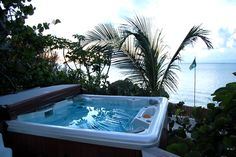 What treat to bathe in the hot tub at Done Reach looking out over the Sea of Abaco!  Wish I was there right now!! :)