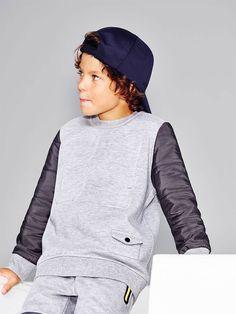 Sporty kids-editorials zara estados unidos i мальчишеская мо Fashion Kids, Sport Fashion, Preteen Fashion, Sport Outfits, Boy Outfits, Sport Inspiration, Sport Chic, Kids Sports, Kind Mode