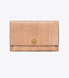 13a165991849c1 27 Best Handbags images in 2019 | Prada, Chains, Closure