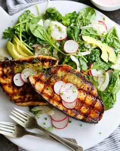 Summer and seafood go together like sundresses and espadrilles. The only thing that could make this beautiful combo even more perfect? By tossing your favorite crustacean or fish on the barbecue. …