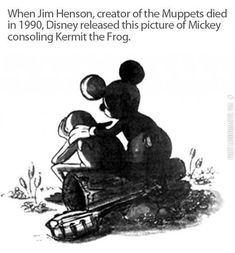 When the creator of The Muppets, Jim Henson, died in 1990 Disney released a picture of Mickey consoling Kermit the Frog Jim Henson, Walt Disney, Disney Love, Disney Stuff, Disney Magic, Disney And Dreamworks, Disney Pixar, Disney Characters, Muppets Disney
