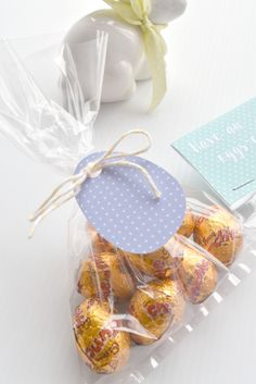Download now - free Easter tags and bag toppers! Personalise your gift tag with a message on the back | Little Goldfish