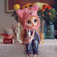 #juniemooniecutie #blythe #customblythe #doll #k07 #k07doll Ooak Dolls, Blythe Dolls, Barbie Dolls, Pretty Dolls, Beautiful Dolls, Misfit Toys, Cute Baby Dolls, Poppy Parker, Love Stickers