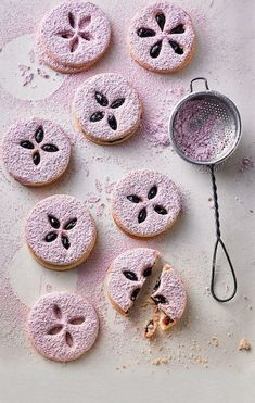 Baking biscuits: 150 recipes for Christmas cookies - Galletas Cookies, Easter Cookies, No Bake Cookies, Cake Cookies, Cupcakes, Best Cookie Recipes, Sweet Recipes, Baking Recipes, Dessert Recipes