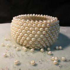 Pearl Caprice by Manufaktura Leo Leather Working, Cuff Bracelets, Leo, Jewelry Making, Pearls, Memes, Handmade, Fashion, Moda