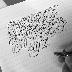 No photo description available. Tattoo Lettering Styles, Graffiti Lettering Fonts, Chicano Lettering, Cool Lettering, Creative Lettering, Script Lettering, Lettering Design, Tattoo Fonts Alphabet, Tattoo Fonts Cursive