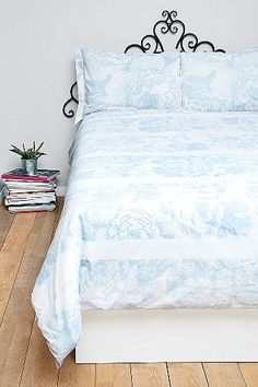 Graphic Garden Double Duvet Cover   Urban Outfitters   Light Blue